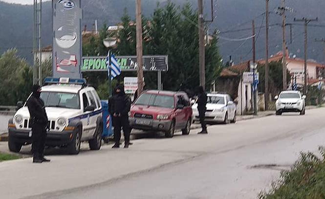 Photo of Εμπλοκή σε ένοπλη ληστεία στον Αμυγδαλεώνα αφορούν οι έρευνες της Αστυνομίας στα Αμισιανά;